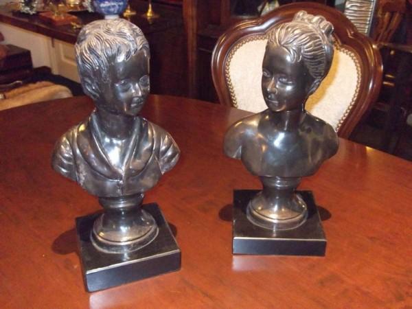2 bronzen kinder kopjes